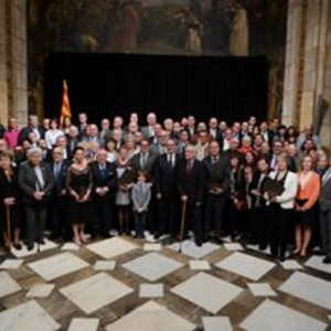 LA GENERALITAT DISTINGEIX TRES ESTABLIMENTS COMERCIALS CENTENARIS ASSOCIATS