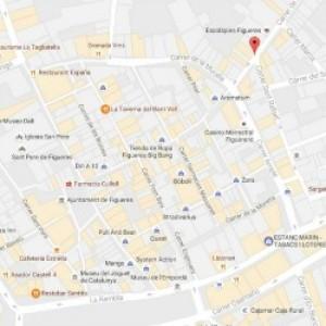 Obres al carrer Peralada de Figueres