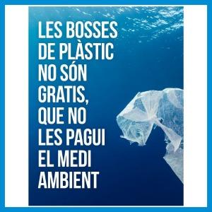 La obligatorietat de pagar les bosses de plàstic en tots els comerços, entra en vigor.